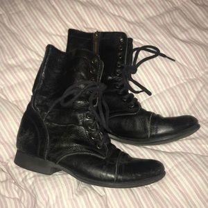 Steve Madden Boots 8